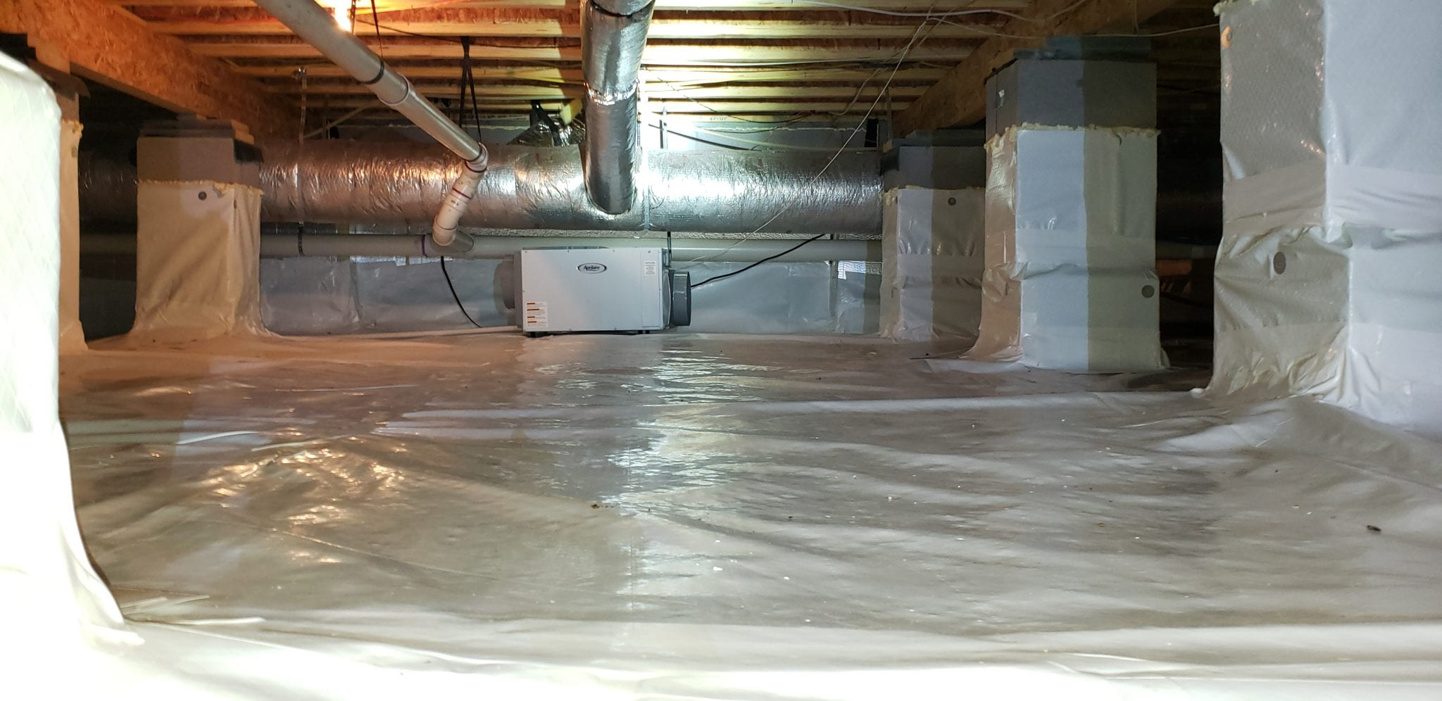 Crawl space, for mold remediation in Nashville, TN, Brentwood, TN & Franklin, TN call Preventive Pest Control today!